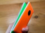 So sánh Lumia 830 và Lumia 930: Ranh giới mong manh