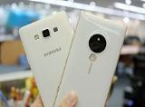 Lumia 830 và Galaxy A7 Nào cùng đọ