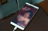 Sạc nhanh Oppo R7 Plus hoạt động như thế nào?