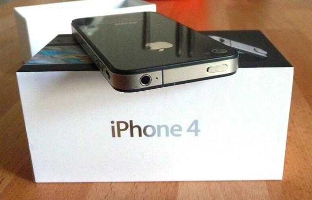 Sau Iphone 4S, Apple tiếp tục hồi sinh Iphone 4