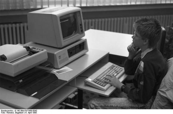 Máy tính IBM tròn 30 tuổi